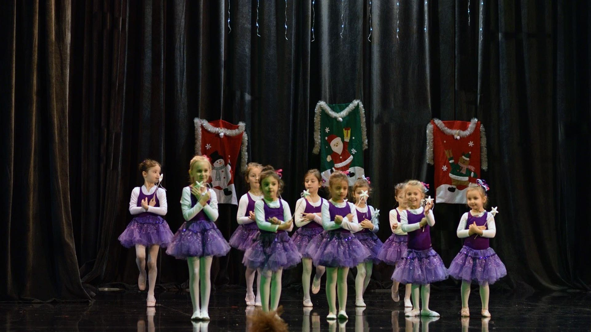 11-Детски-танцов-спектакъл-В-тихата-нощ