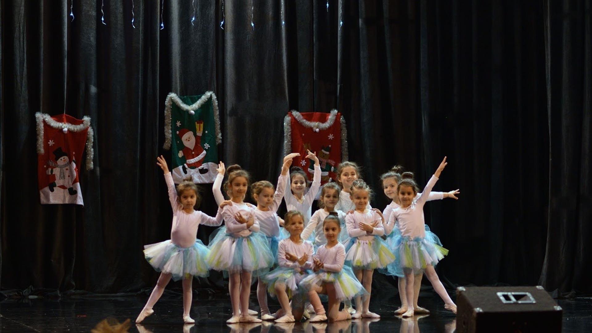 14-Детски-танцов-спектакъл-В-тихата-нощ