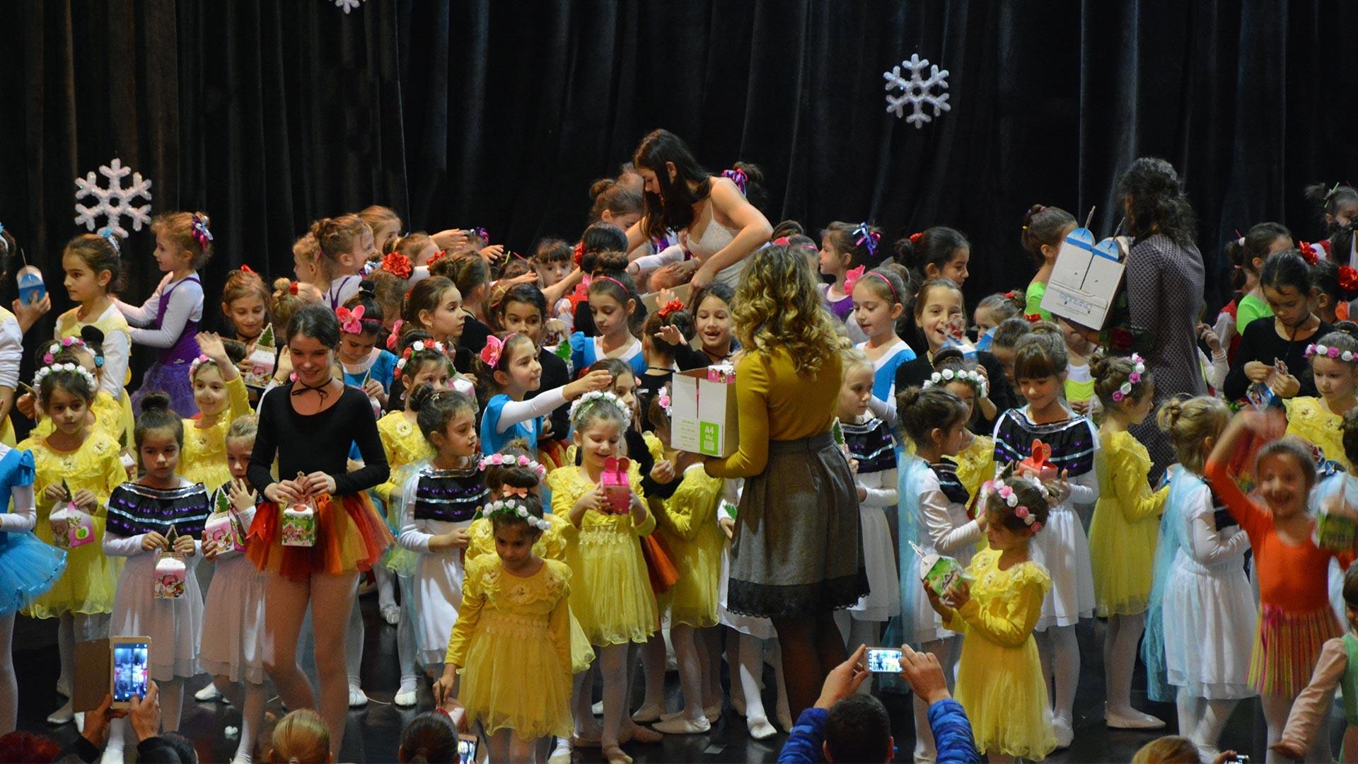 5-Детски-танцов-спектакъл-Пътешествие-към-дома